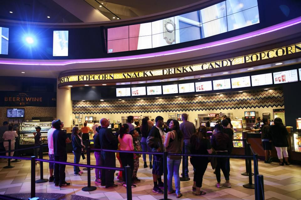 Los Angeles Movie Theaters May Soon Have To Offer Vegan Options